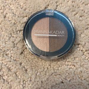 5/$20 Manna Kadar Beauty Bronzer/highlighter